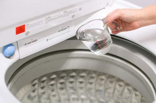 khử mùi hôi máy giặt Electrolux