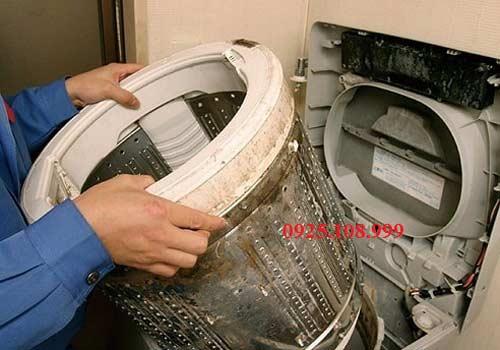 sử dụng máy giặt electrolux tiết kiệm điện