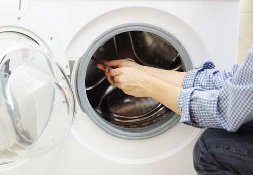 Thay bơm máy giặt Electrolux