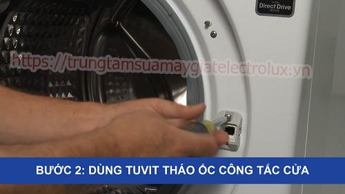 thay công tắc cửa máy giặt