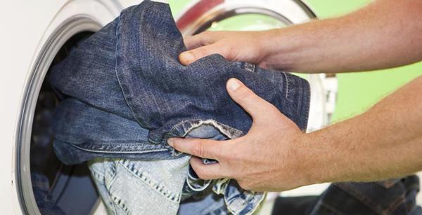 hướng dẫn giặt quần jeans bằng máy giặt